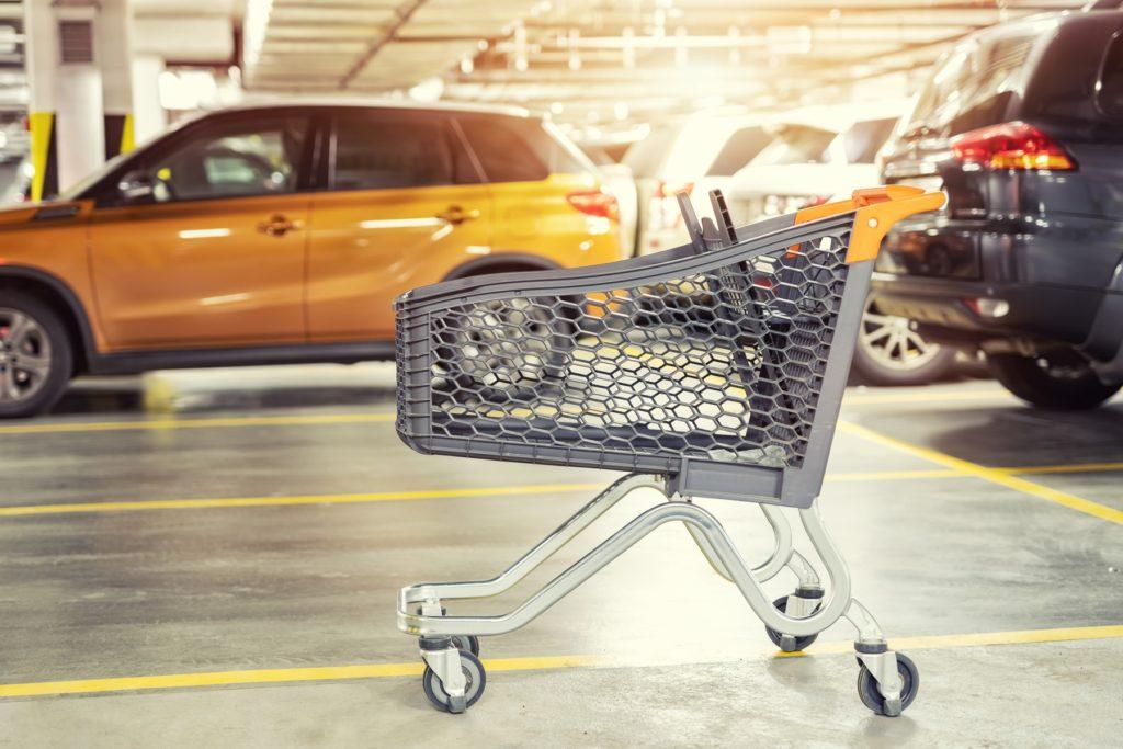 Kunststoff-Einkaufswagen mit Geolokaliserung in Tiefgarage