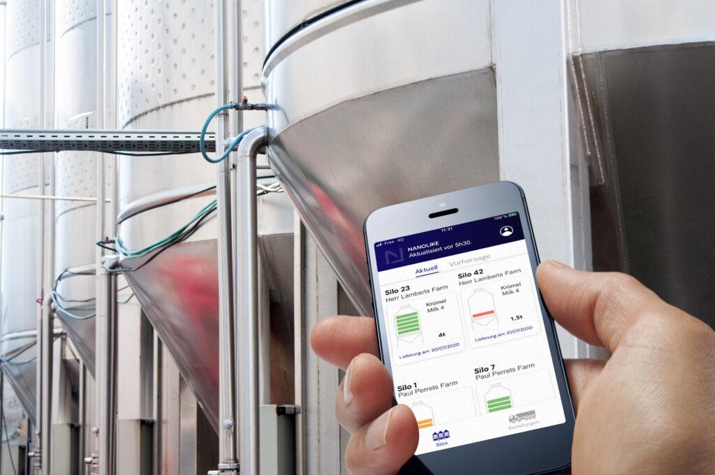 Digitale Silos mit Nanolike Füllstand-Anzeige auf Smartphone